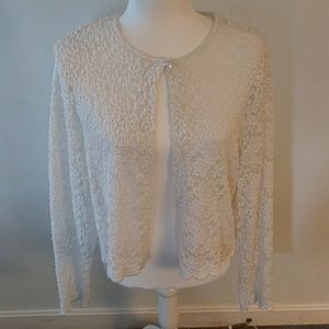 🍀 BEAUTIFUL White Lace Sweater